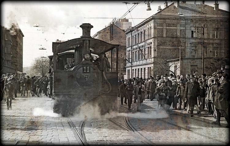steam tram escorted peoples str - leo_brix | ello