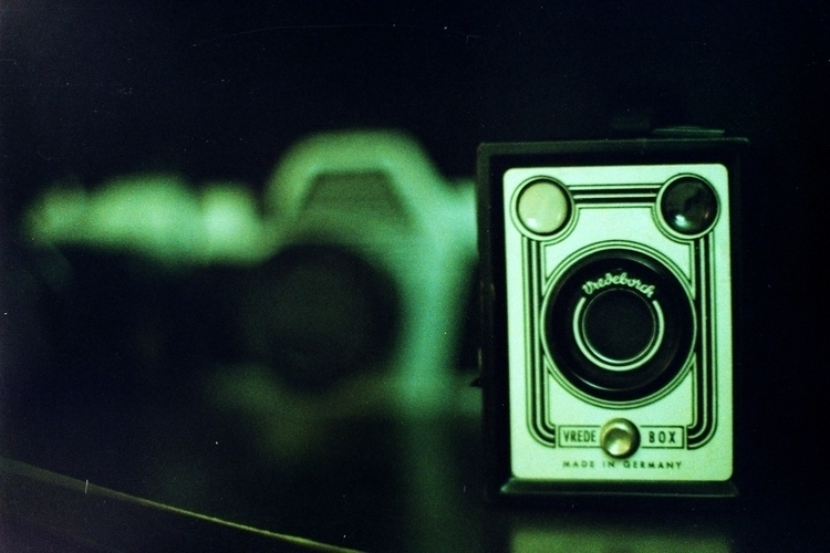 Cameras - Vredeborch / Vrede Bo - alvimann | ello