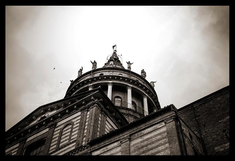 Church - eliacecconello | ello