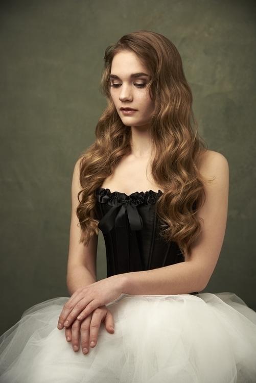 Ballerina Portrait - portrait, beauty - ferryknijn-3392 | ello