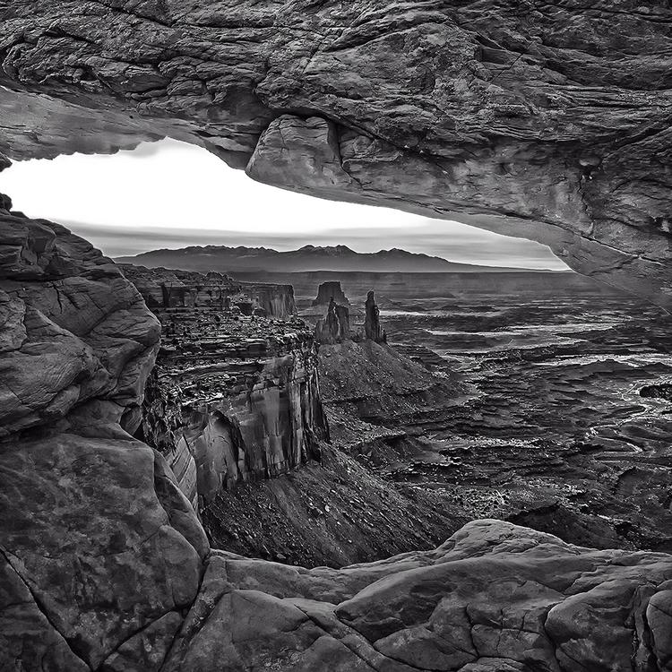 Dawn mesa arch black white - photography - pierocefaloni   ello