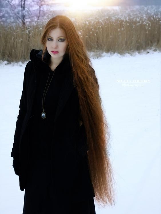 Model: Adéla Jíšková Photo, MUA - nelagriminelli_art | ello