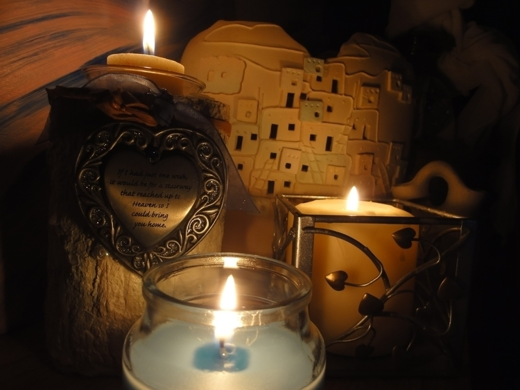 Candles - photography - lindawilliams   ello