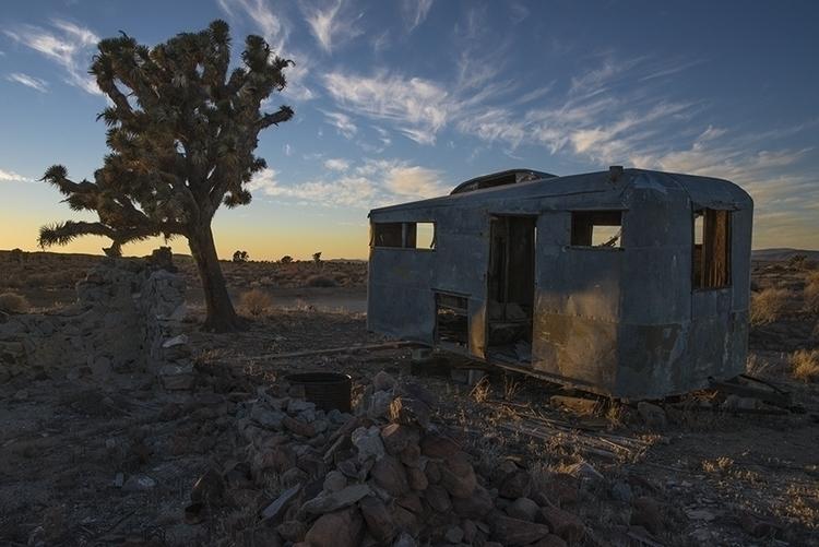 trailer, north Barstow, Califor - frankfosterphotography | ello