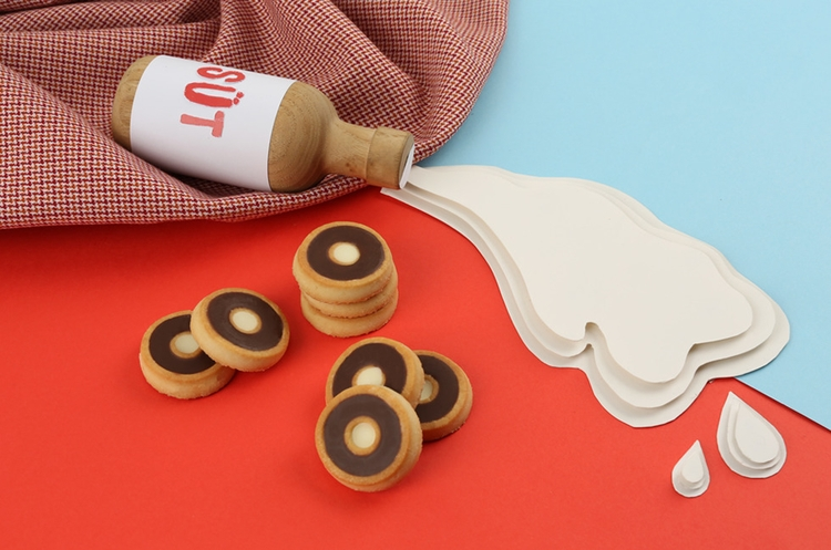 milk, biscuits, photography, graphic - iremyesil | ello