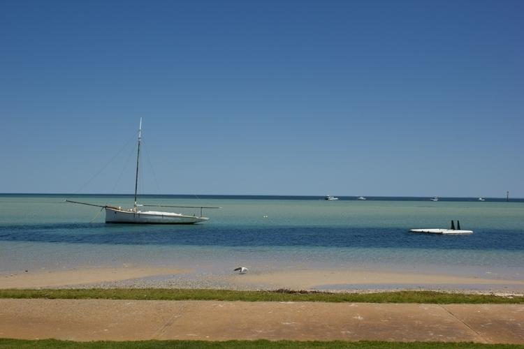 Pier Shark Bay - Australia. Bre - misterpeekaboo | ello