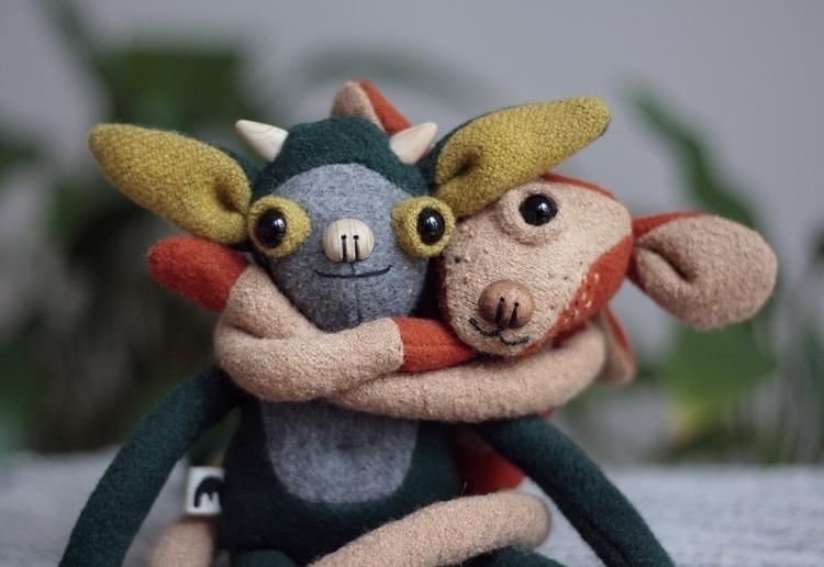 hugs hugs - hug, love, valentines - mutatoys | ello