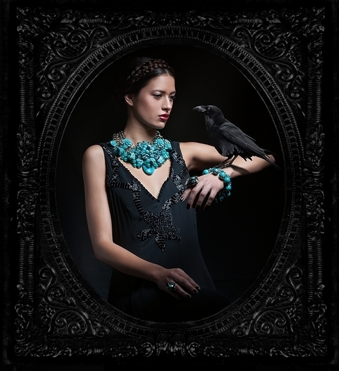 Queen Darkness - invernalia | ello
