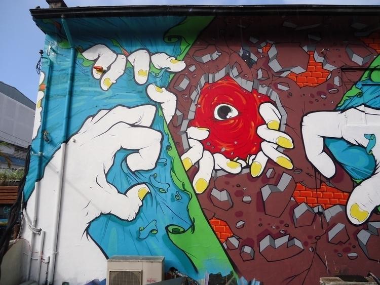 Observer - #art#mural#graffiti#streetart#painting - shesko | ello