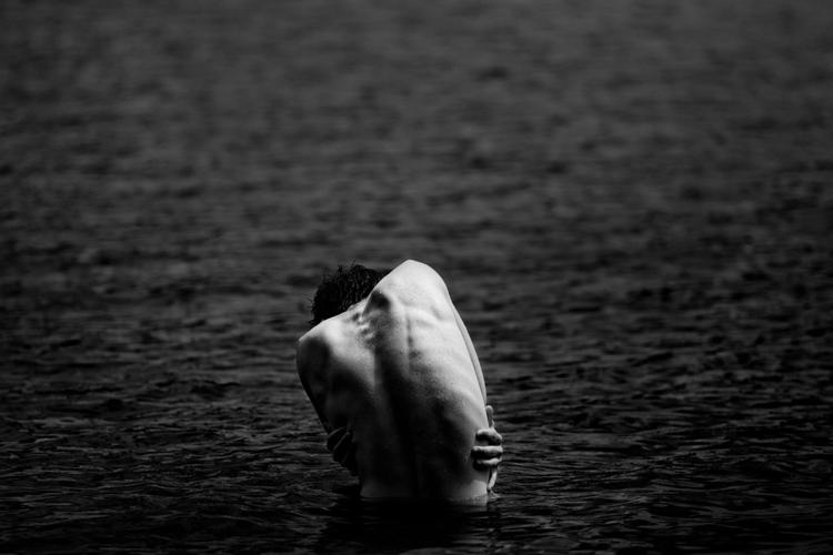 bodies, skin, water, blackandwhite - laurentgiguere | ello