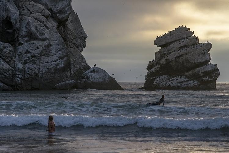 swimmer, surfer - morrobay, ocean - frankfosterphotography | ello