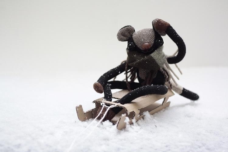 woohoo! snoooow!  - snow, toy, toydesign - mutatoys | ello