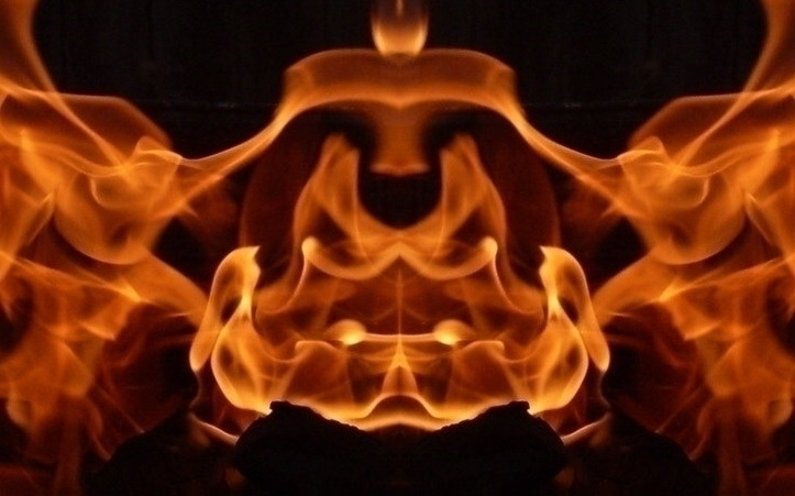 Flame jaws - characterdesign, conceptart - cheechwiz | ello