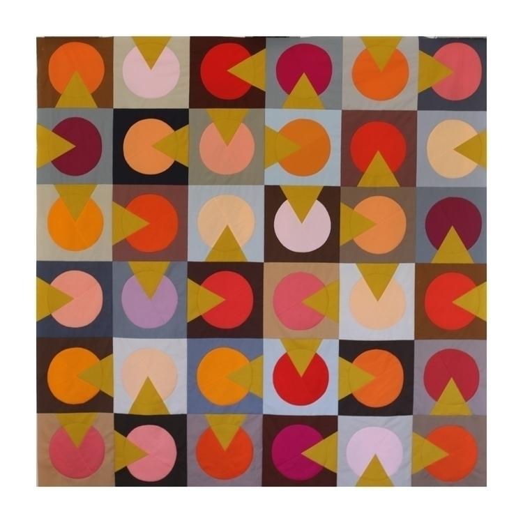 Shine Light quilt top - modernquilt - entropyalwayswins | ello