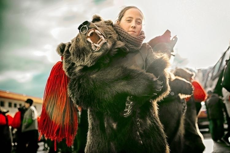 BEARS - Romanian traditions - cristianmanolache   ello