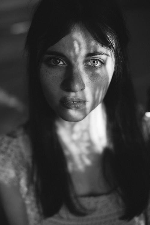Photographer:Anna Lena Haberme - darkbeautymag | ello