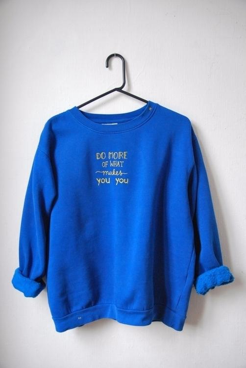 put quote sweater - handembroidery - sienie | ello