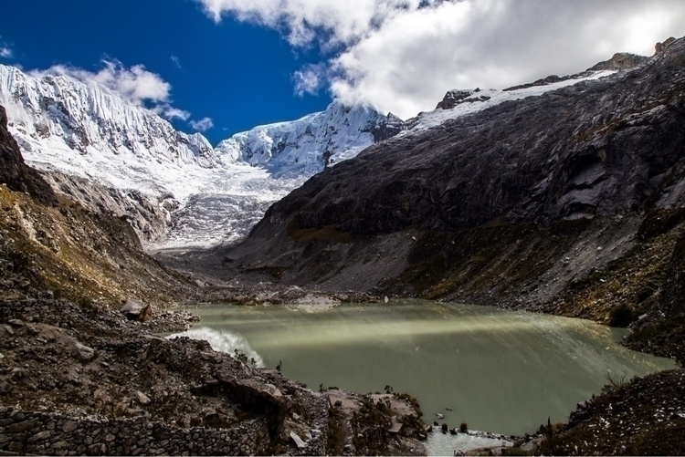 **Ranralpalca Glacier, Peru** v - papa_delta | ello