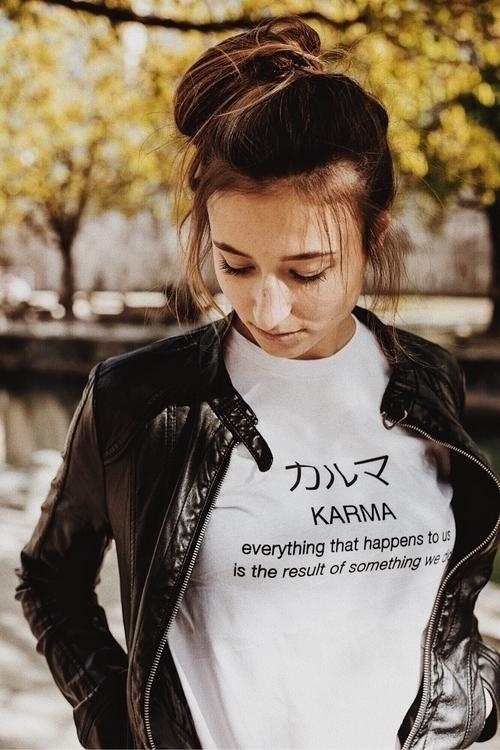 Decide KARMA - ydwya | ello