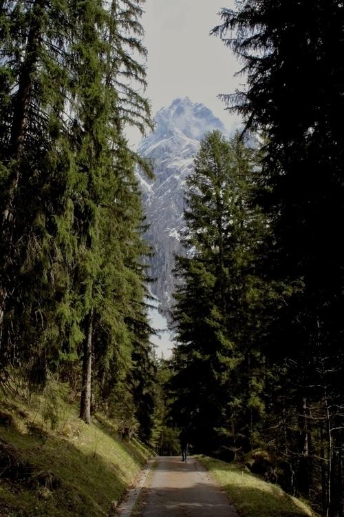 mountains, kehlstein, berchtesgaden - reiberdatschi   ello