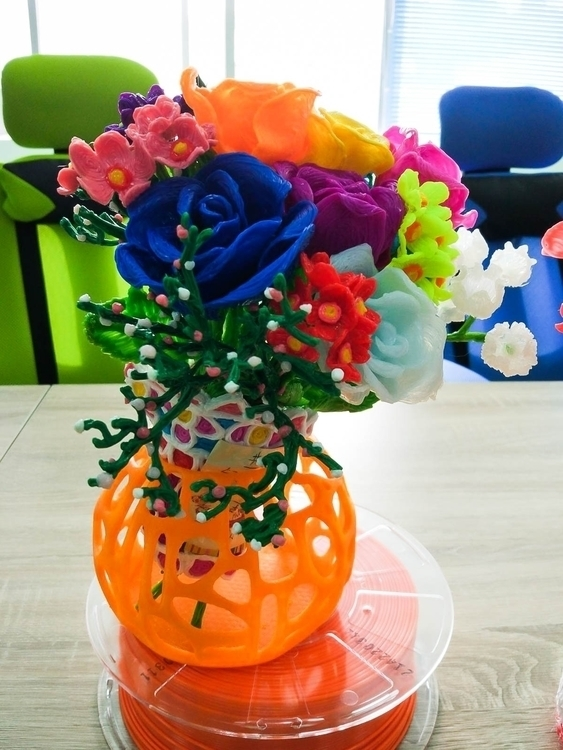 surprise gift mom day - 3DDrawing - filamojo | ello