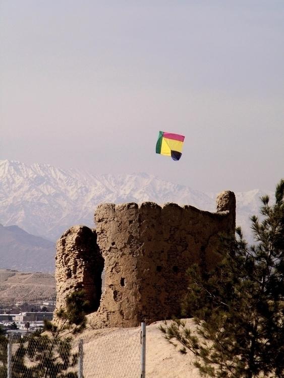 Kite. Kabul, Afghanistan Januar - visitafghanistan | ello