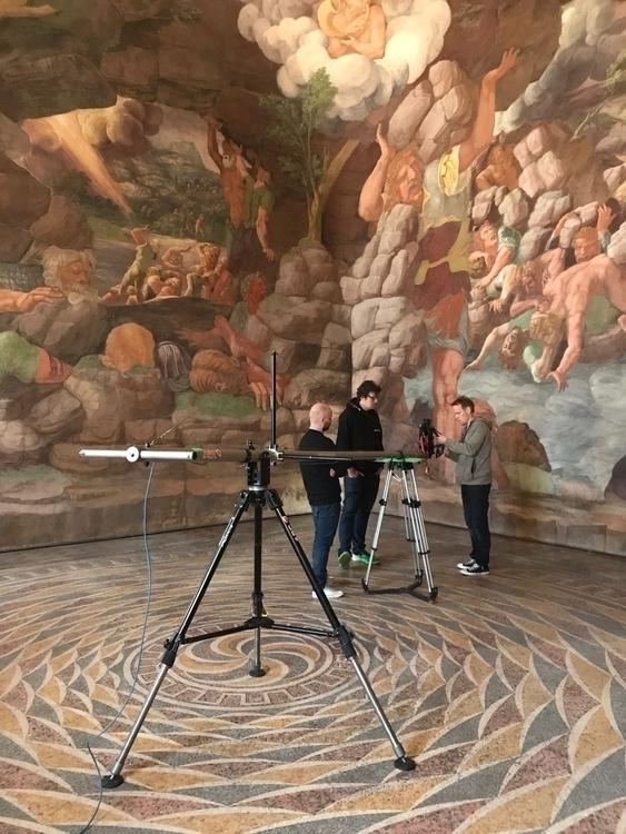 Axel Straschnoy shooting film p - ec-centric | ello