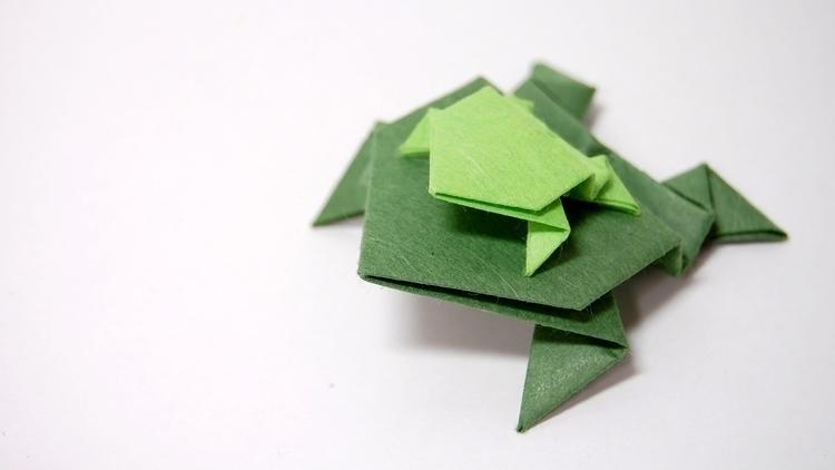 Fold Easy Origami Jumping Frog - origamidotme | ello