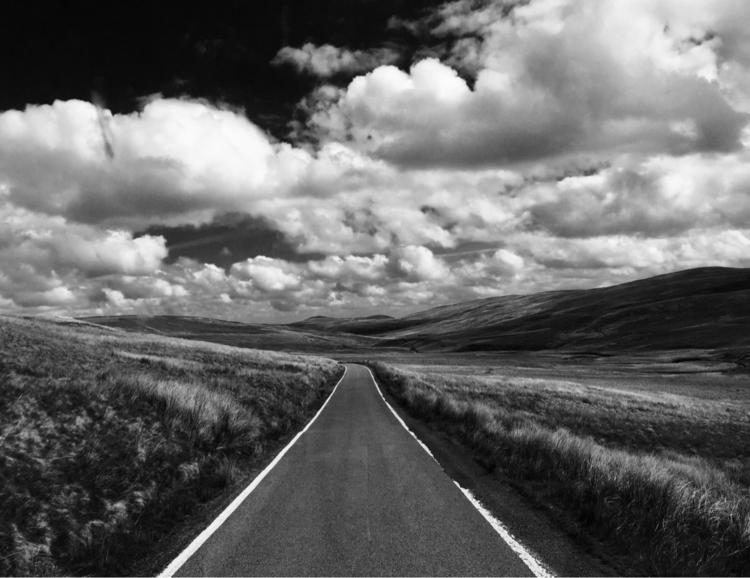 Long winding road -- Snowdonia - chesuko | ello