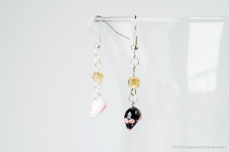 Black white mouse earrings :hea - truenoir | ello