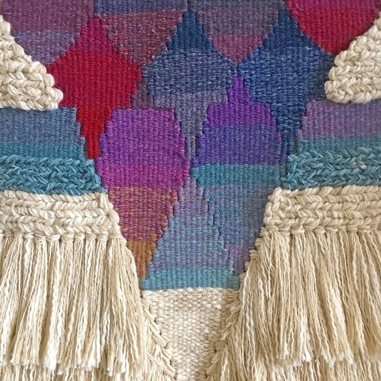 weaving, handmade, wovenwallhanging - only_a_paper_moon   ello