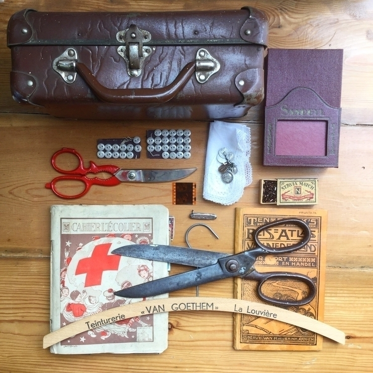 vintage goodies home today. sui - arnolds-attic | ello