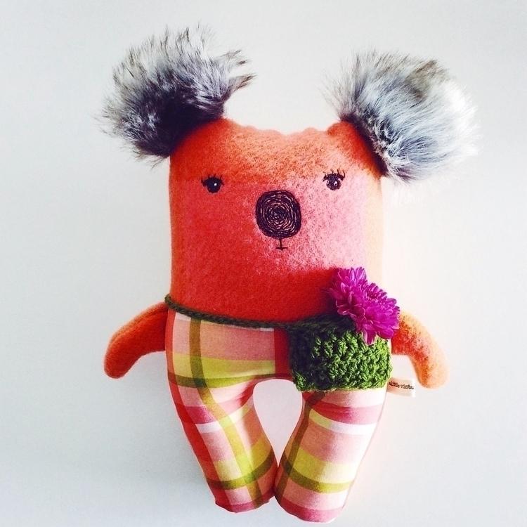 Koala week Regina, wears croche - alittlevintagedoll | ello
