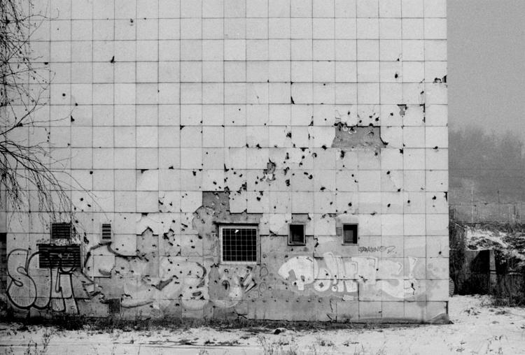 Bosnia 2017 – Sarajevo. Scars w - andreastrenker | ello