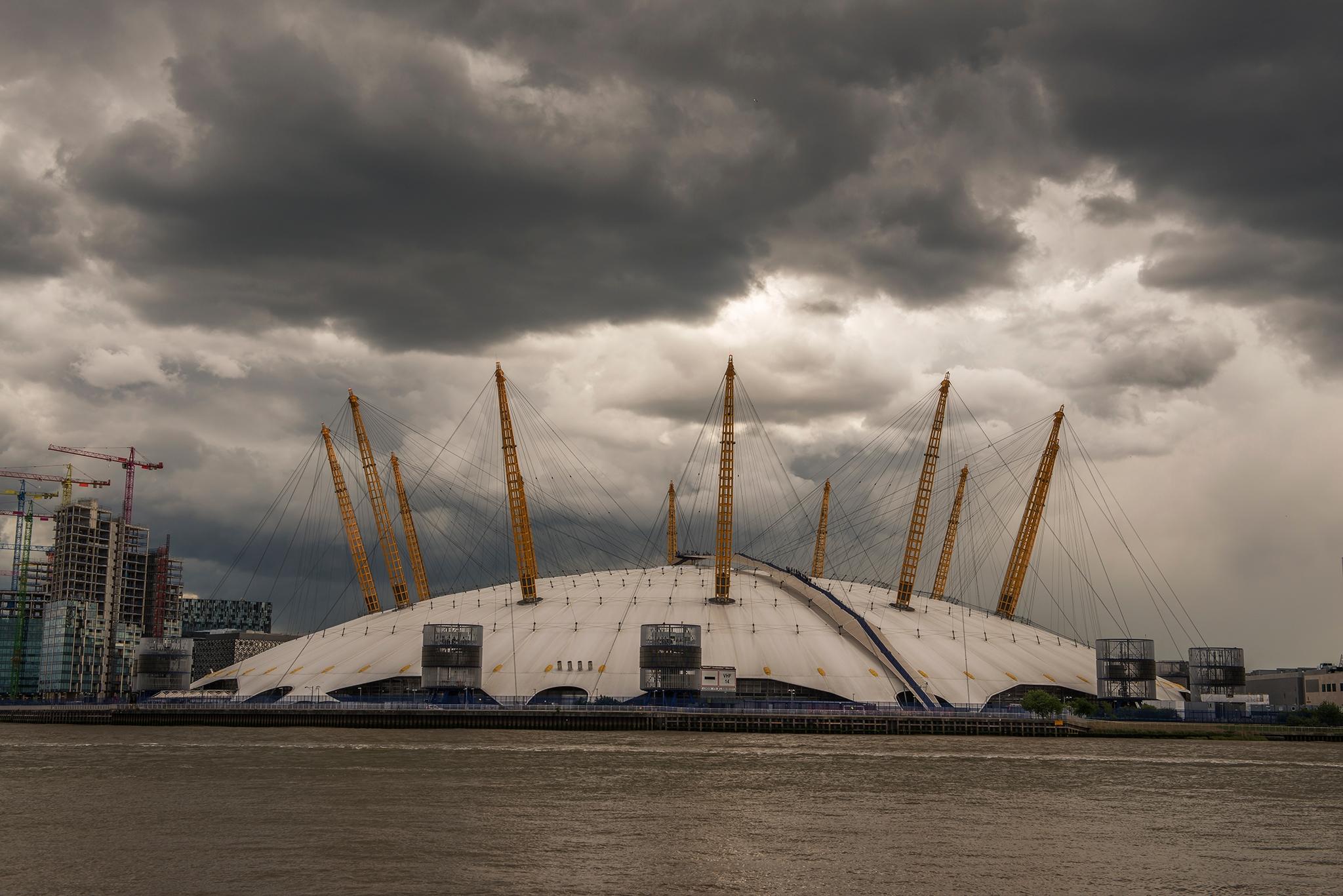 O2 Arena, Greenwich, London - Nikon - toshmarshall   ello
