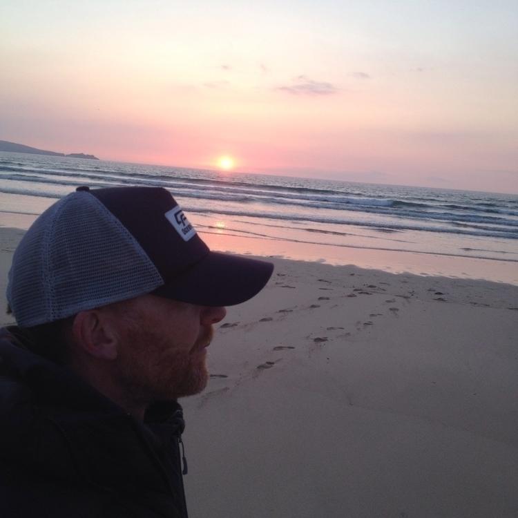 Watching sun glass red wine - iphone - oceanromeo | ello