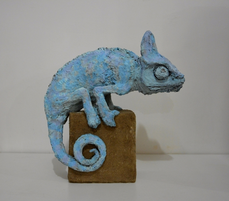 CHAMELEON , SOLID RECYCLED CARD - barakesculptor | ello