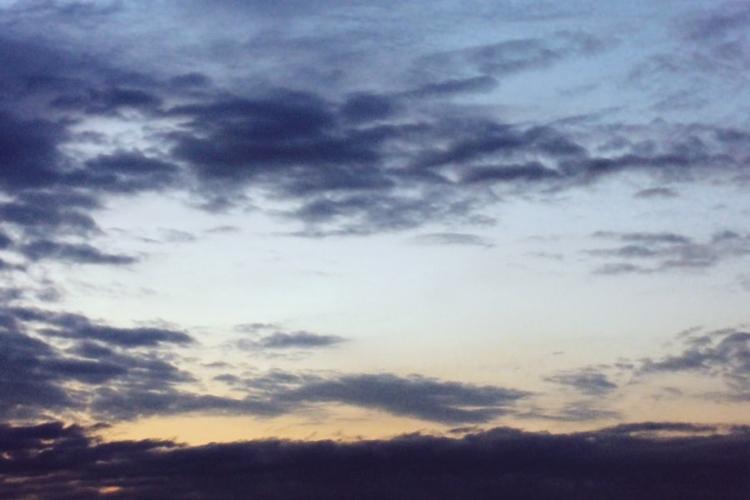 sky study fuji film emulation - 037 - studio_zamenhof | ello