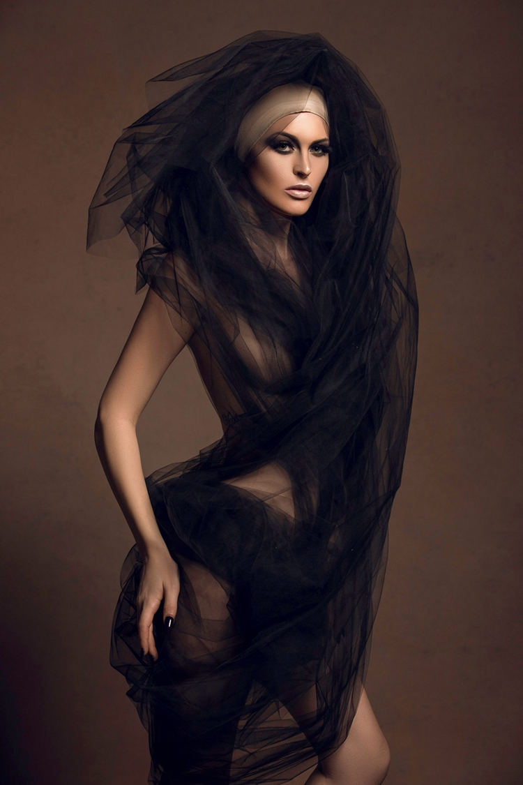 Photographer:Dejan Dimkovski H - darkbeautymag | ello