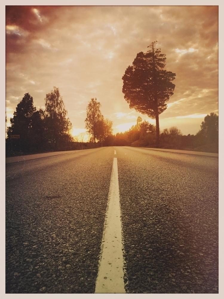Speeding life? roads, hurry. De - yogiwod   ello