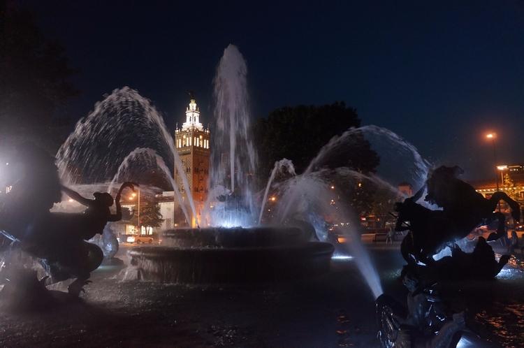 Nichols Memorial Fountain, Coun - captainleatherwing | ello