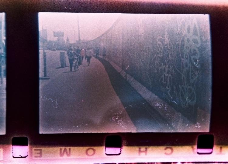 Long expired Kodak Ektachrome 7 - stikka | ello