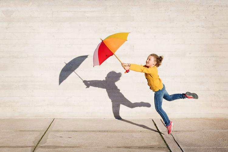Windy day - lifestyle, child, kid - lisatichane   ello