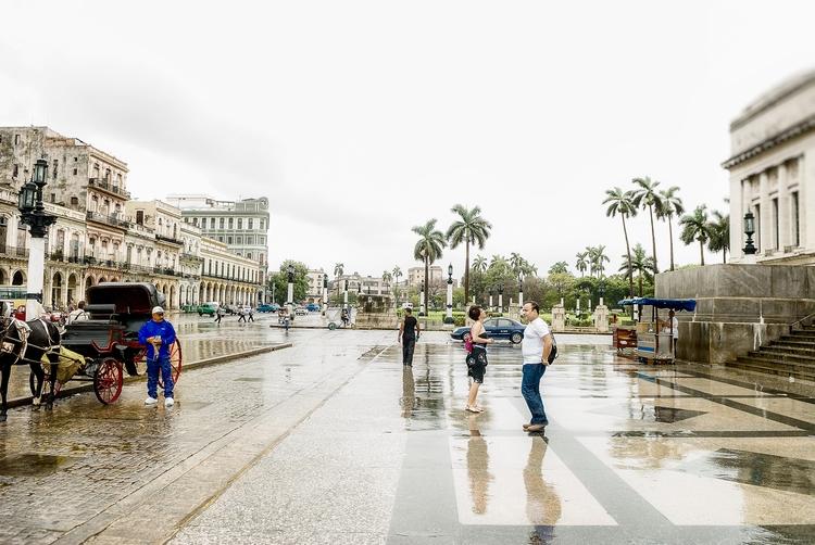 smell wetness - Habana, Cuba - christofkessemeier | ello