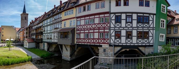 Panorama der Krämerbrücke Erfur - royfocke | ello