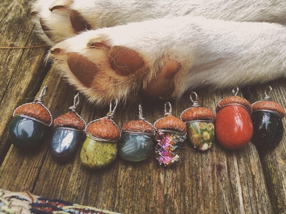 Paws acorns - etsy, thefractalfaerie - thefractalfaerie | ello