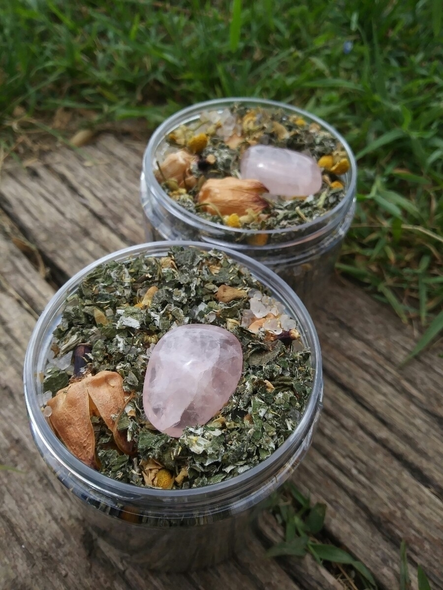 Venus Herbal Bath Tea infused R - wildnocturna | ello