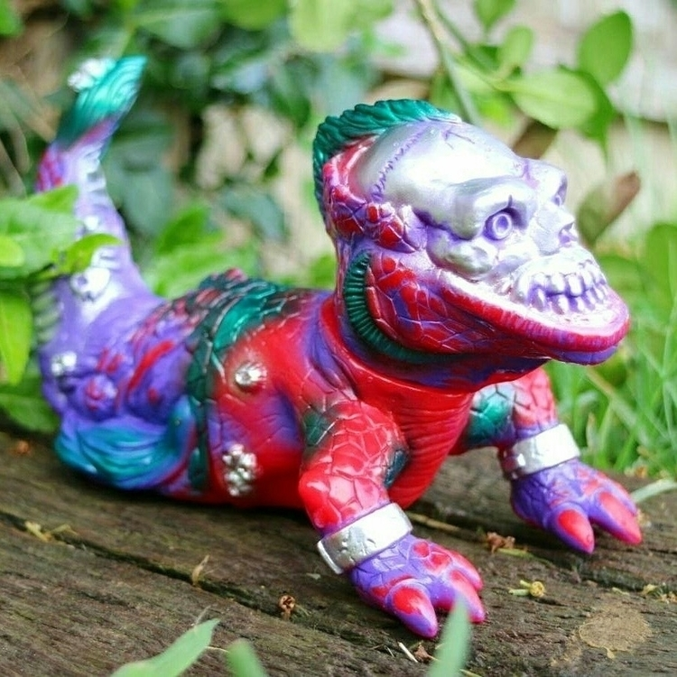 shop - kaiju, art, lowbrow, sofubi - acolorfulmonster | ello