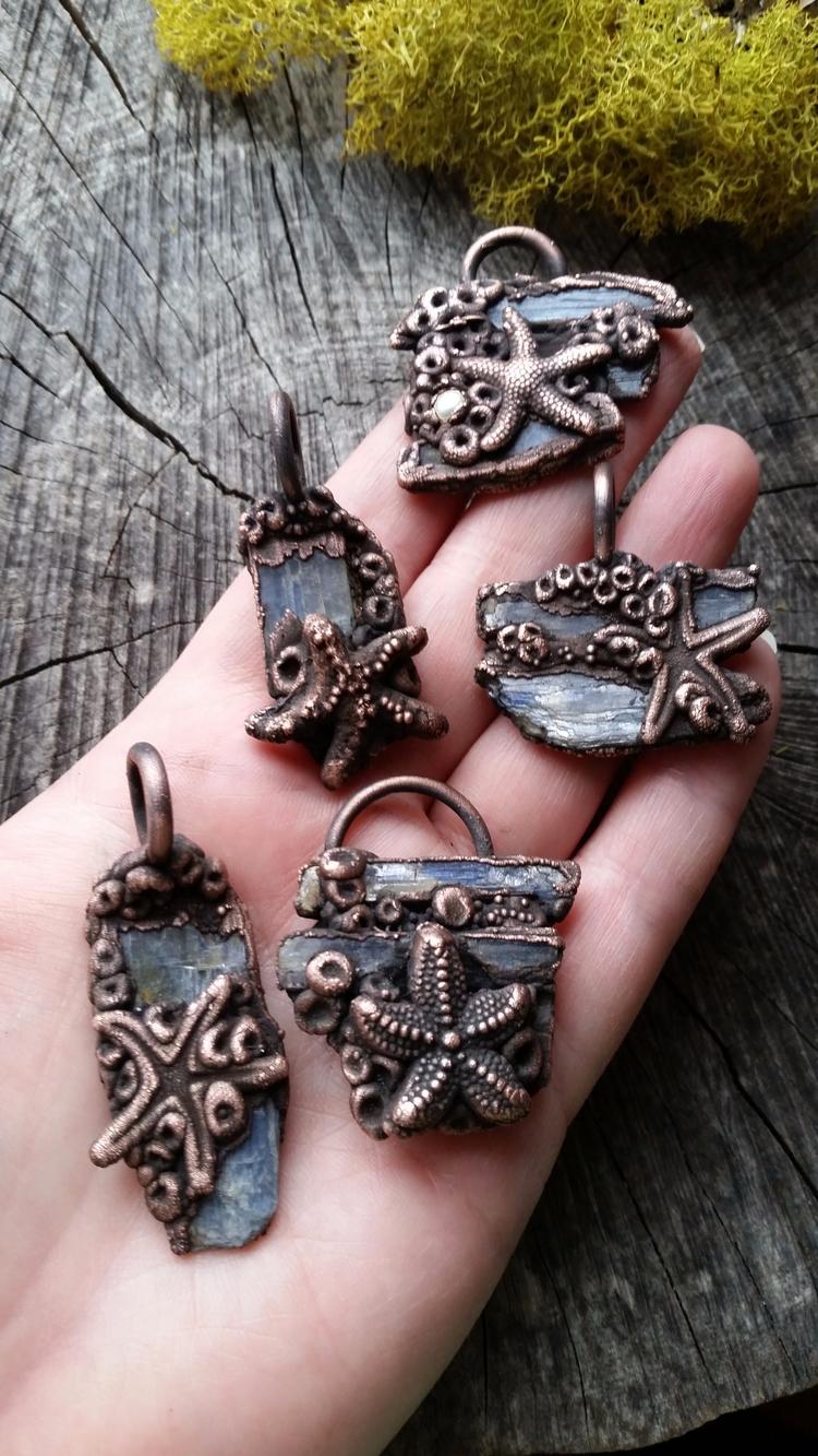 couple hidden treasures adoptio - augiebycarriejewelry   ello