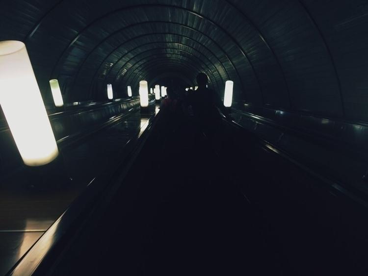 Metro - lizzieli | ello